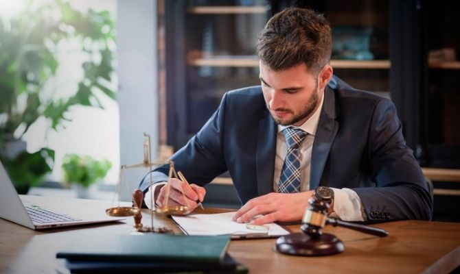 Different Reasons You Would Need a Lawyer