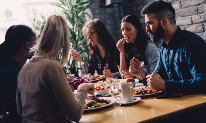 How To Increase Foot Traffic in Your Restaurant