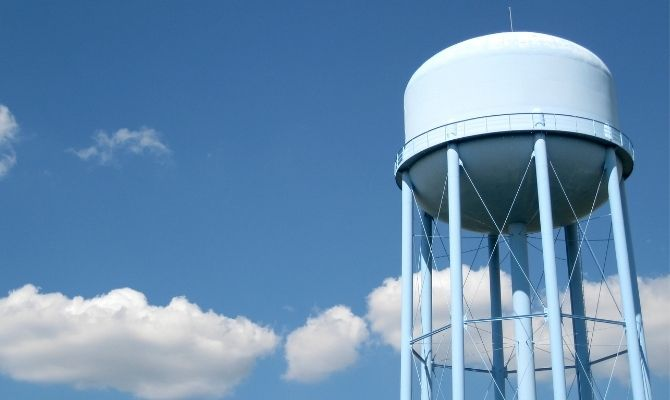 Why We Still Use Water Towers and How They Work