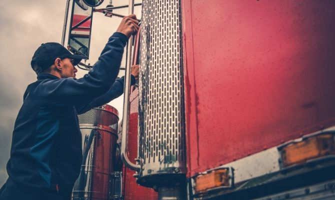 Tips for New Commercial Truck Drivers
