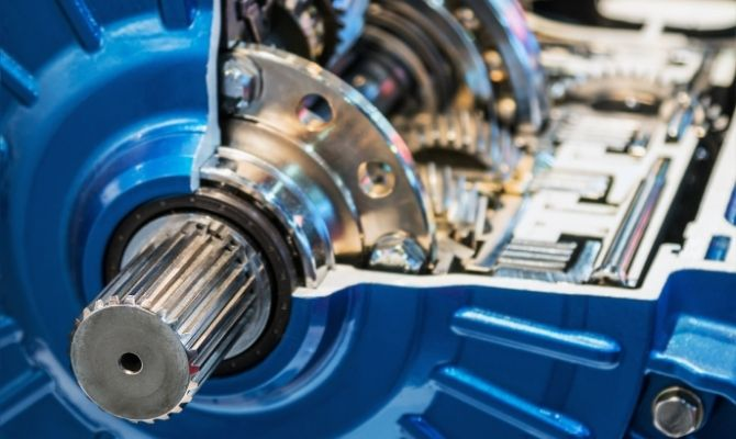 Difference Between a Gearbox and Transmission