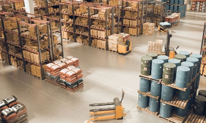 Signs You Should Replace Your Warehouse Pallets