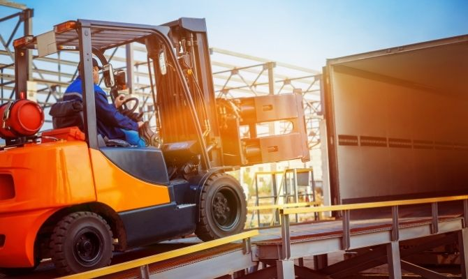 Common Forklift Mistakes and What To Do About Them