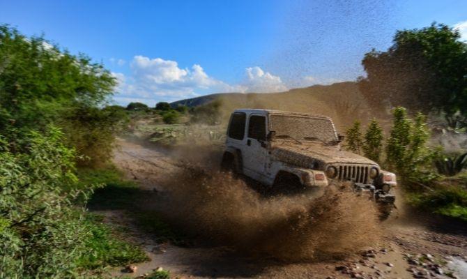 Best Jeep Wrangler Mods for Mudding