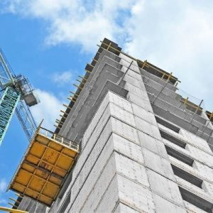 The Difference Between a Hoist and a Lift in Construction